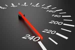 Ab wie viel km/h zu viel ist der Führerschein weg?