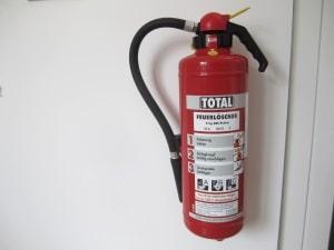 Für die ADR-Ausrüstung ist ein Feuerlöscher zwingend vorgeschrieben.