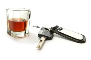 Alkohol am Steuer: Eine Geldstrafe im Sinne des StGB erhalten Sie, wenn die Sache als Straftat geahndet wird