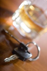 Alkohol am Steuer unter 21, aber keine Probezeit - ist das erlaubt?