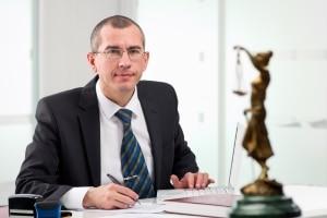 Ein Anwalt kann Sie hinsichtlich der Rechtsbeschwerde beraten.