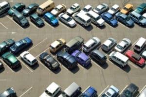 Kann nach einem Autokennzeichen online gesucht werden?