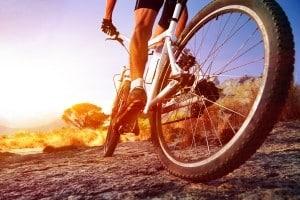 Die Bremse am Fahrrad muss funktionstüchtig sein, um die Verkehrssicherheit zu gewährleisten.