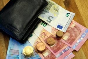 Das Bußgeld im Ausland: Eine schnelle Bezahlung kann es eventuell verringern.