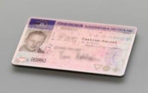 Führerschein abgeben nach Erhalt vom Bußgeldbescheid mit Fahrverbot