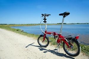 Bußgelder: Wer ein Fahrrad besitzt, muss sich wie Autofahrer an die Verkehrsgesetze halten. Der Fahrradtyp spielt dabei keine Rolle.