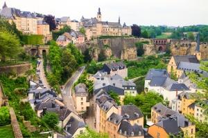 Wer ins Großherzogtum fährt, sollte den Bußgeldkatalog von Luxemburg kennen.