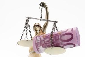 Der Bußgeldkatalog von Portugal sanktioniert auch das Fehlverhalten von Urlaubern.