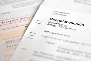 Bei der Bußgeldstelle, die für Bremerhaven und Bremen zuständig ist, können Sie Einspruch gegen den Bußgeldbescheid einlegen.