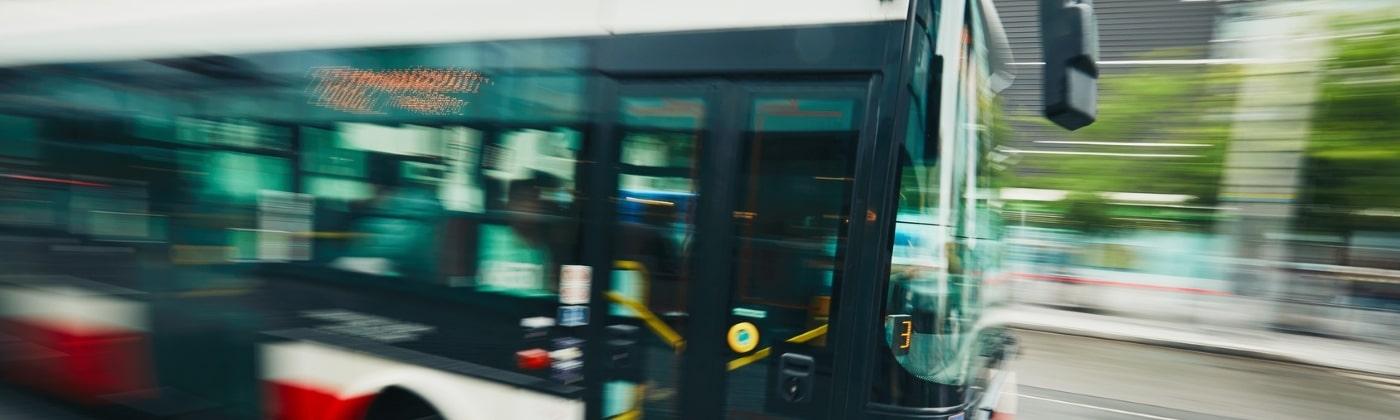 Was ist bei einem Busunfall wichtig zu wissen?