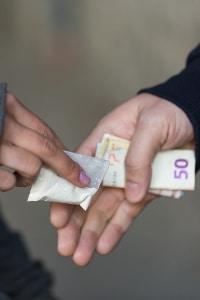 Ob Drogenbesitz einen Führerscheinentzug zur Folge hat, hängt von den individuellen Umständen ab
