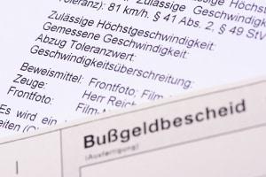 Ist der Einspruch gegen einen Bußgeldbescheid mit Fahrverbot möglich?