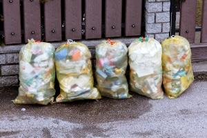 Das Einwegplastik-Verbot der EU wird allein nicht ausreichen, um den Abfall zu reduzieren.