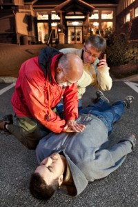 Ein Erste-Hilfe-Kasten kann im Notfall Leben retten.