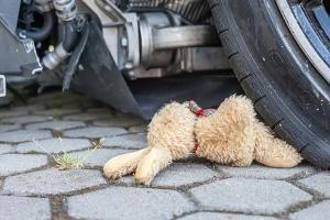 Kommt ein Unfallopfer zu Tode, ist in aller Regel fahrlässige Tötung anzunehmen.