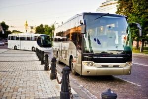 Fahrzeugklasse M: Wollen Sie einen Bus fahren, benötigen Sie die entsprechende Fahrerlaubnis.
