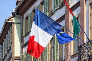 In Frankreich gibt es ebenfalls ein Fahrverbot für Lkw an Sonntagen.