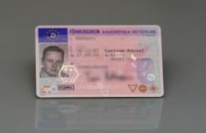 Der Führerschein muss dem vorgeschriebenen Muster entsprechen.