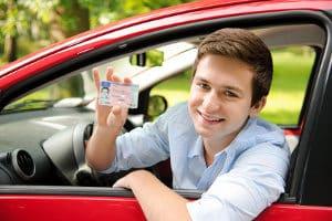 Führerschein mit 17: Die Probezeit beträgt zwei Jahre.