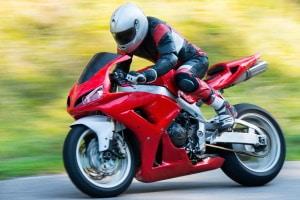 Unter Umständen dürfen Sie mit einem Führerschein Klasse 3 auch Motorrad fahren.