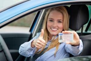 Führerschein mit 17: Eine Begleitperson ist Pflicht.