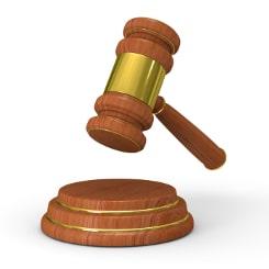 Eine Geldauflage kann nur von einem Gericht endgültig beschlossen werden.