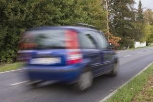 Wie wird eine Geschwindigkeitsbegrenzung in Deutschland aufgehoben?