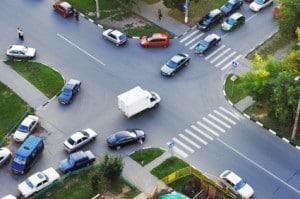 Bei einer Geschwindigkeitsüberschreitung auf einer Kreuzung kann die Strafe noch höher ausfallen