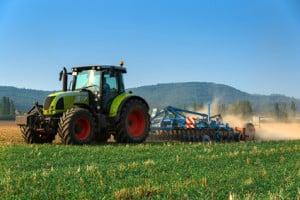 Gerade in ländlichen Gegenden nahe Landwirtschaftsbetrieben taucht das grüne Kennzeichen immer wieder auf.