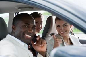Haftung: Kann der Beifahrer für einen Verstoß im Straßenverkehr zur Rechenschaft gezogen werden?