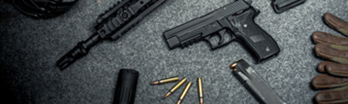 Der große Waffenschein erlaubt den Besitz von Schusswaffen.