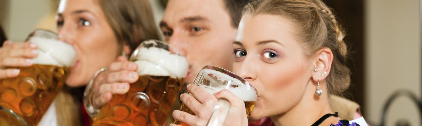 Was sagt das Jugendschutzgesetz zu Alkohol?