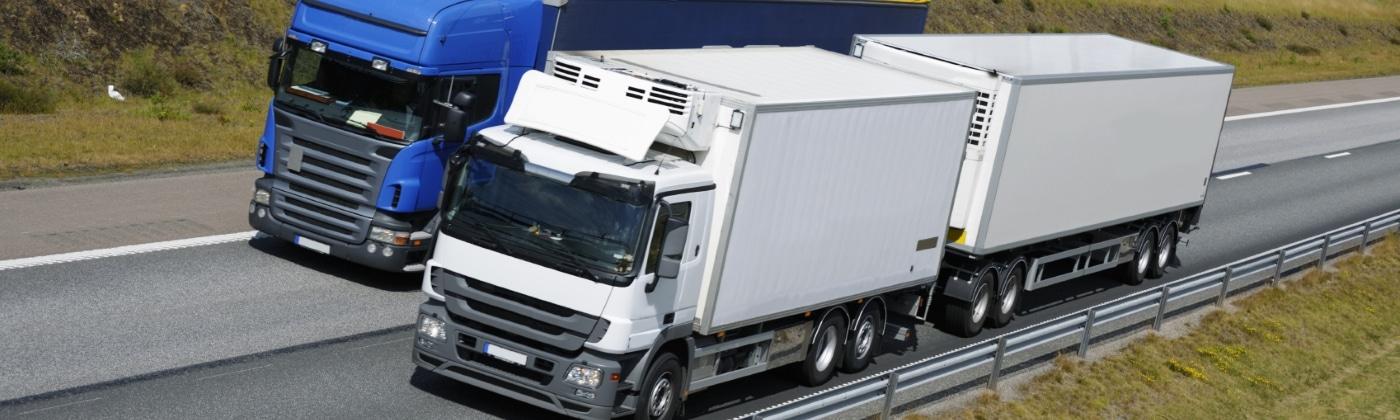 Welche Vorschriften gelten beim Transport von Gefahrgut?