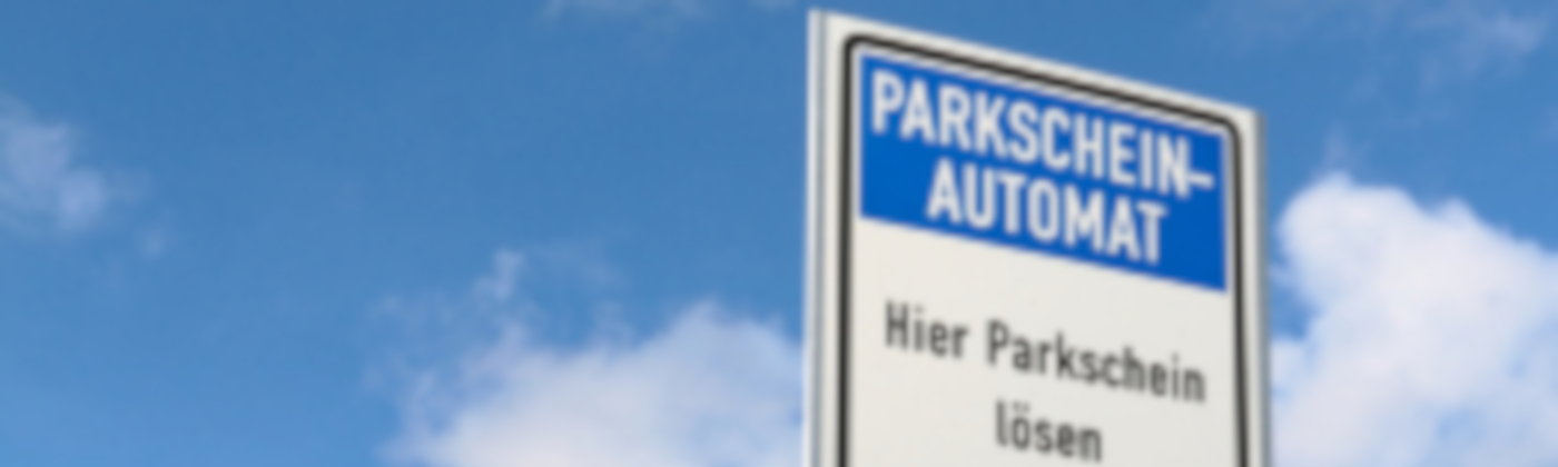 Mit einem Anwohnerparkausweis muss kein Parkschein gezogen werden.