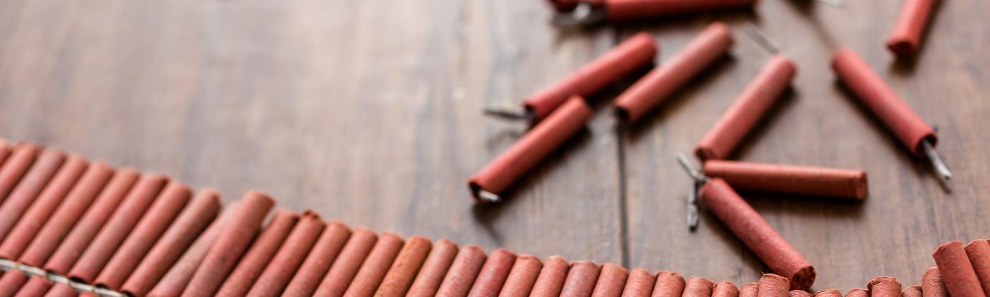 Sprengstoffverordnung: Darf man Feuerwerkskörper nur an Silvester benutzen?