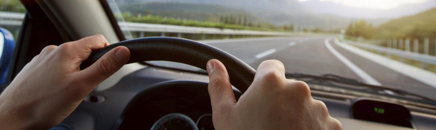 Falschen Einfahren und Anfahren kann zu Unfällen führen.