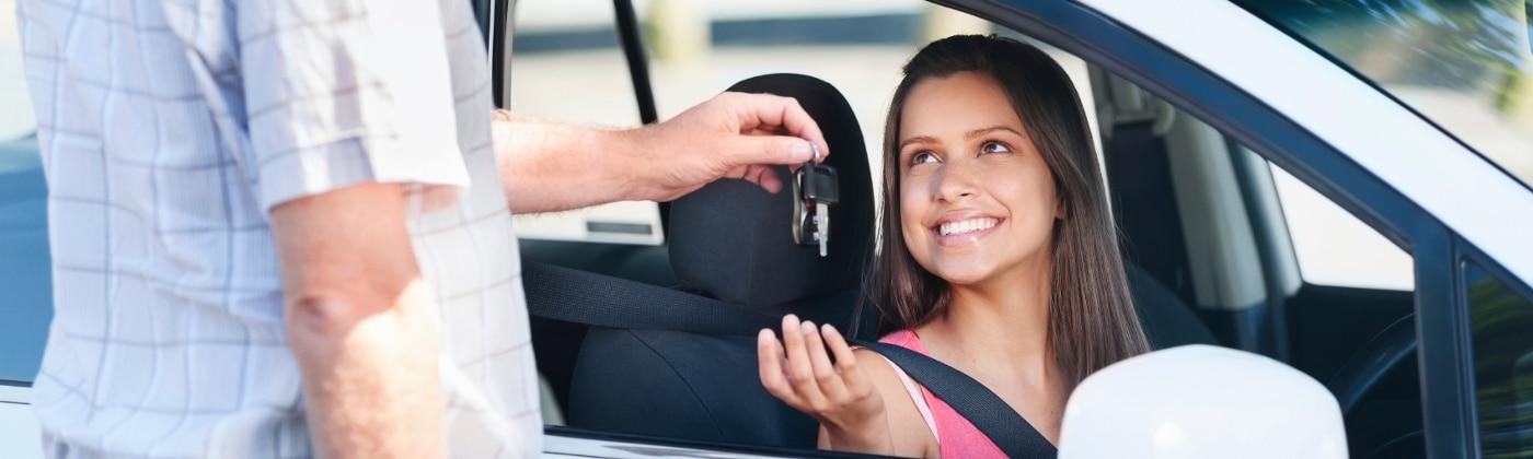 Begleitetes Fahren: Die Fahrerlaubnis ist nur im Beisein eines zulässigen Begleiters gültig.