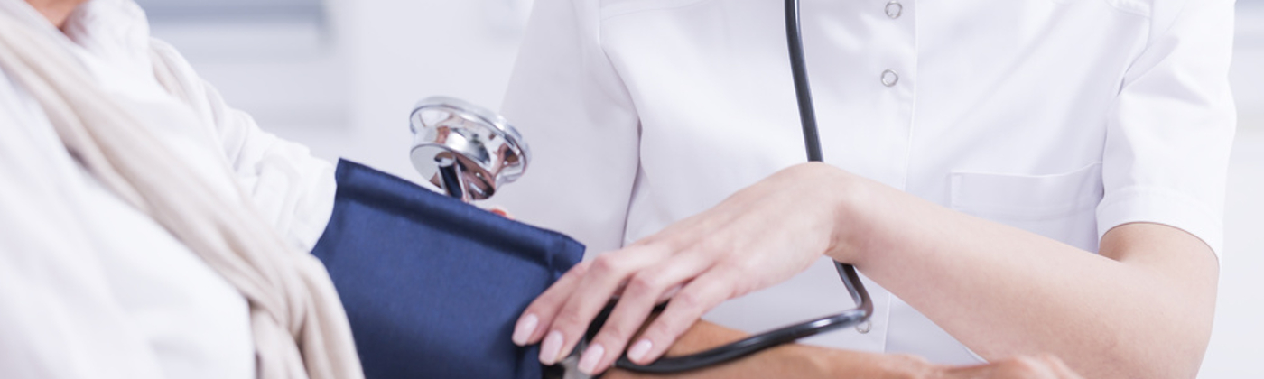 Schmerzensgeld bei einer Schulterluxation soll eine Genugtuungsfunktion erfüllen.