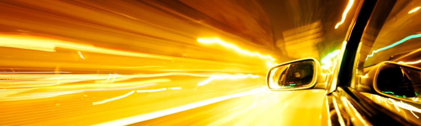 Der Traffipax TraffiPhot S erfasst zu hohe Geschwindigkeiten mithilfe von Induktionskabeln.