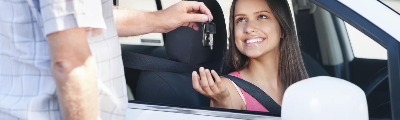 Was geschieht, wenn Sie einen Unfall bauen, ohne einen gültigen Führerschein zu besitzen?