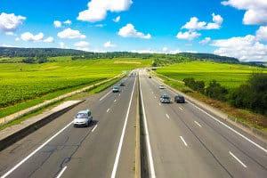 Die Höchstgeschwindigkeit auf der Autobahn variiert je Kfz.