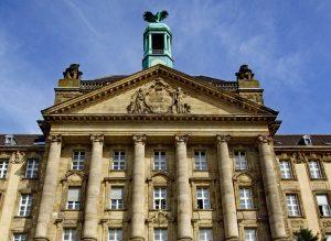 """Der Tatbestand """"illegaler Waffenbesitz"""" wird in Deutschland in der Regel vor Gericht verhandelt."""