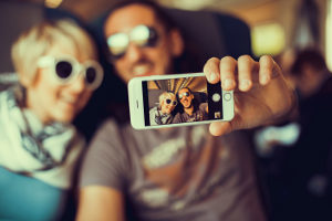 Instagram ist für Kinder und Erwachsene geeignet. Vorsichtsmaßnahmen sind jedoch notwendig.