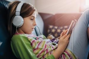Jugendschutz kommt bei Musik nur vereinzelt zum Tragen.
