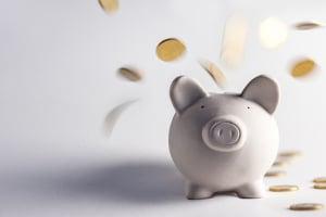 Das Jugendschutzgesetz sieht bei Glücksspiel hohe Bußgelder vor.