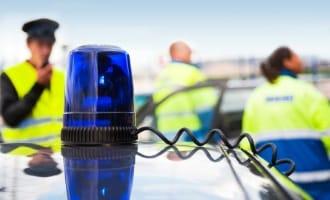 Kein sichtbarer Schaden? Um eine Fahrerflucht zu vermeiden, sollte eine Meldung an die Polizei erfolgen.