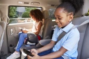 Beim Kindersitz wird die Pflicht vom Alter oder der Körpergröße bestimmt.
