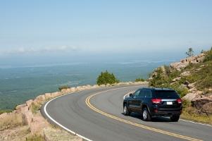 Nach erfolgreicher Kraftfahrzeugzulassung steht der freien Fahrt nichts mehr im Weg.