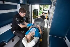 Ein Krankenrücktransport kann notwendig oder optional, aber sinnvoll sein.