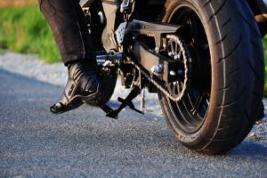 In Kroatien gelten besondere Verkehrsregeln für Motorradfahrer. Z.B. gilt das ganze Jahr eine Lichtpflicht.